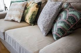 ein neuer look für mein sofa sofa kissen im jungle look