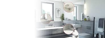 im badezimmer wirksam schimmel entfernen