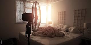besser schlafen bei hitze das hilft wirklich bett1 de