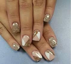 100 Beautiful Examples of Gold Glitter Nail Polish Art