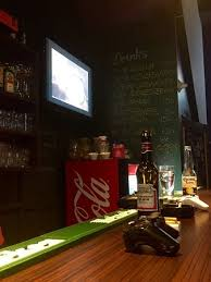vid駮s cuisine awesome food all your favorite and cheap drinks in an