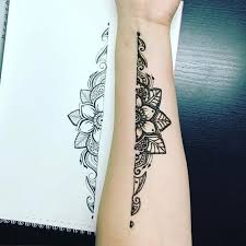 Hennatattoo Tattoo Girl With The Dragon Sequel Book Feminine Placement Dainty Ideas Lotus Flower Man Flowers For