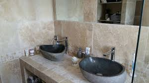 poseur de salle de bain pose travertin création d une salle de bain de a à z