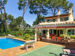100 Beach Houses In La House For Sale In Tamariu In A Very Nice Place 3 Min From The Beach