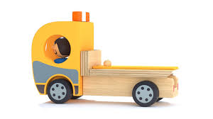 Toy Wood Tow Truck And Character Camion Et Personnage En Bois Free ...