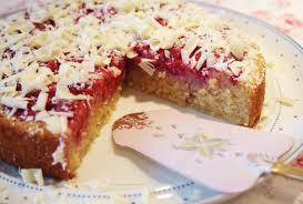 saftiger haferflocken kuchen mit himbeeren fräulein ella