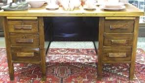antique teachers desk must be picked up
