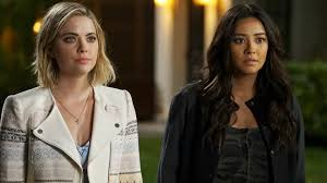 Pll Halloween Special Season 2 by Pretty Little Liars Why The Last Shot Of 3 Is So Important