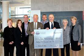 Ocean City Home Bank Donates $25 000 to Auxiliary of Shore Medical