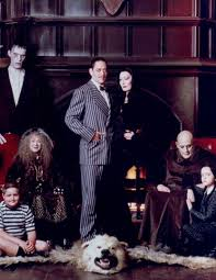 Halloween 2 Remake Cast by Best 25 Addams Family Cast Ideas On Pinterest The Addams
