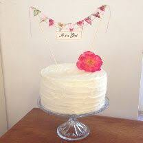 Rustic Vintage Style Decorated Cake With Buttercream Frosting Fresh Pink Rose Topper