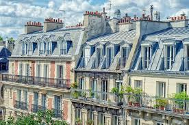 100 Attic Apartments Paris France June 5 2017 Side View Of Attic Apartments
