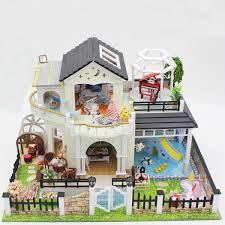 Le Toy Van Sophies House Wooden Dollhouse Toyworld