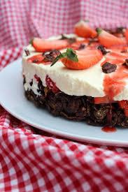 gruensteinkitchen schoko crossies torte erdbeertorte mit