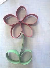 fleur en rouleau de papier toilette ecole arts visuels
