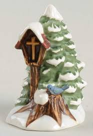 Hummel Bavarian Christmas Tree With Cross In Birdhouse