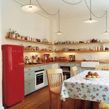 cuisine la ide rangement cuisine cuisine moderne grise avec lot central