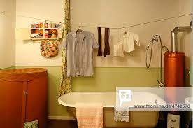 badezimmer 1950er jahre mit einer volks heim sauna wäsche