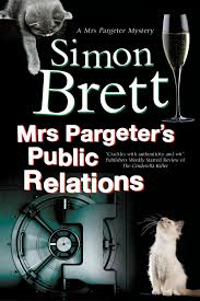 Simons Cat Discovers Christmas Tree by Mrs Pargeter U0027s Public Relations A Mrs Pargeter Mystery Amazon