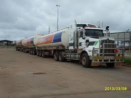 100 Trains Vs Trucks Australia Road Road Train Vehicles
