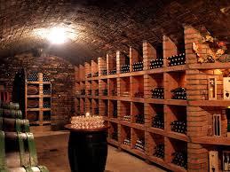 range bouteille en brique rangement bouteille cave vin monde du vin