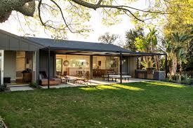 100 Barbara Bestor Architecture IndoorOutdoor Living An LA Ranch Rehab By