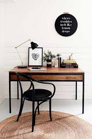 Black Writing Desk And Chair by Best 25 Black Desk Ideas On Pinterest Black Office Desk Black