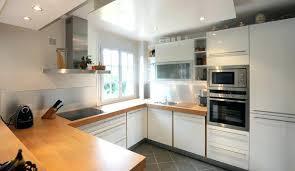 cuisine bois laqué plan de travail cuisine blanc cuisine bois et blanc laque blanche