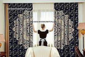 indisch blau gold ombre mandala schlafzimmer vorhänge wand