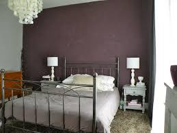 chambre couleur prune et gris meuble bas salle a manger moderne