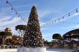 Mr Jingles Christmas Trees San Diego by November 23 2013 Downtown Disney U0027s Winter Village And Olaf U0027s