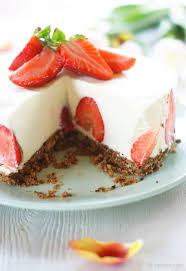 panna cotta torte mit erdbeeren inajellyjar