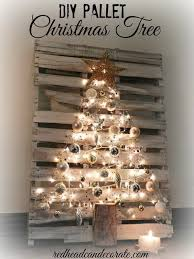 35 DIY Christmas Decoration Ideas 1001 PalletsWooden PalletsPainted