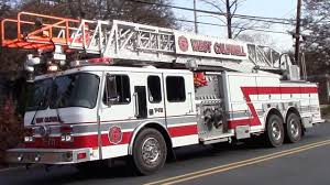 Top 50 Fire Truck Responding Videos Of 2017 - YouTube 2 Pumpers The Red Train And Hook N Ladder Responding To House Fire Longueuil Fire Truck Responding From Station 31 Youtube Inside A Truck Detroit Fire Department Dfd Ems Medic Brand New Ambulances Brand New Ldon Brigade H221 Lambeth Mk3 Pump Truck Responding Compilation Best Of 2016 Montreal Dept Trucks 30 Ottawa 13 Beville 1 Engine 3 And Ems1 German Engine Ambulance Leipzig Fdny Trucks 5 54