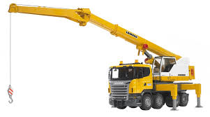 Bruder 3570 Scania R-Series Liebherr Crane Truck: Amazon.co.uk: Toys ...
