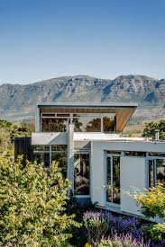 100 Architectural Masterpiece ARCHITECTURAL MASTERPIECE INTEGRATES SEAMLESSLY WITH NATURE