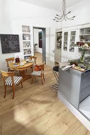 perfekter küchenboden laminat hält allen anforderungen in