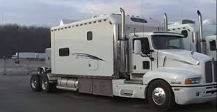 329093 Pretty Semi Truck With Bathroom Images Gallery Big Sleepers ...