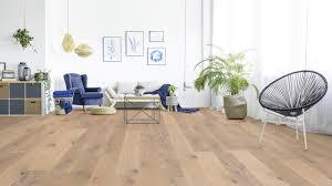 modernes wohnzimmer mit parkett der parkett riese