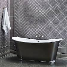 a simple pattern adds interest to this gray tile wall 3x3 tiles