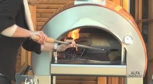 fabriquer cheminee allumage barbecue comment utiliser le four à bois 5 minuti alfa pizza