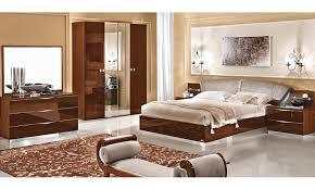 modernes italienisches schlafzimmer nussbaum hochglanz