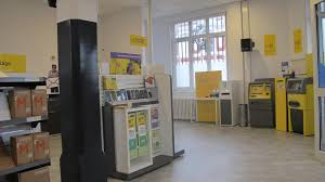 la poste bureau de poste nouveau bureau de poste fini la ligne de guichet et la file d