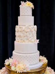 Glamorous Wedding Cake With Crystal Accents