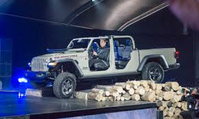 100 Jeep Gladiator Truck 2018 LA Auto Show 2020 AutoNXT