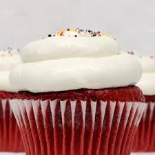 Red Velvet With Cream Cheese Mousse Cupcake