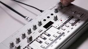 100 Boutique Studio Mode Roland Start TB03 Bassline Synthesizer Tutorial YouTube