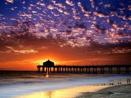 A Scenic 928 Foot Long Manhattan Beach Pier Is One Of Over 100 Piers In California And Located At The End Boulevard