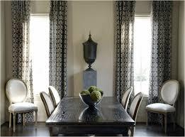 rideaux salle a manger salle a manger grise interieur moderne table bois chaise rideaux