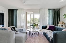 wohnzimmer im skandinavischen stil mit kamin minimalismus